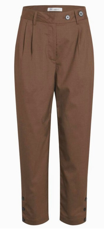 CO' COUTURE BUKS, TAME BROWN FOX