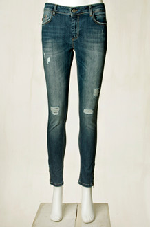 DENIM HUNTER JEANS, CELINA ZIP TORN