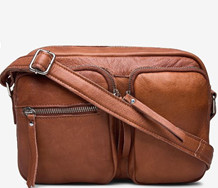 RE: DESIGNED TASKE, PEPPER URBAN WALNUT