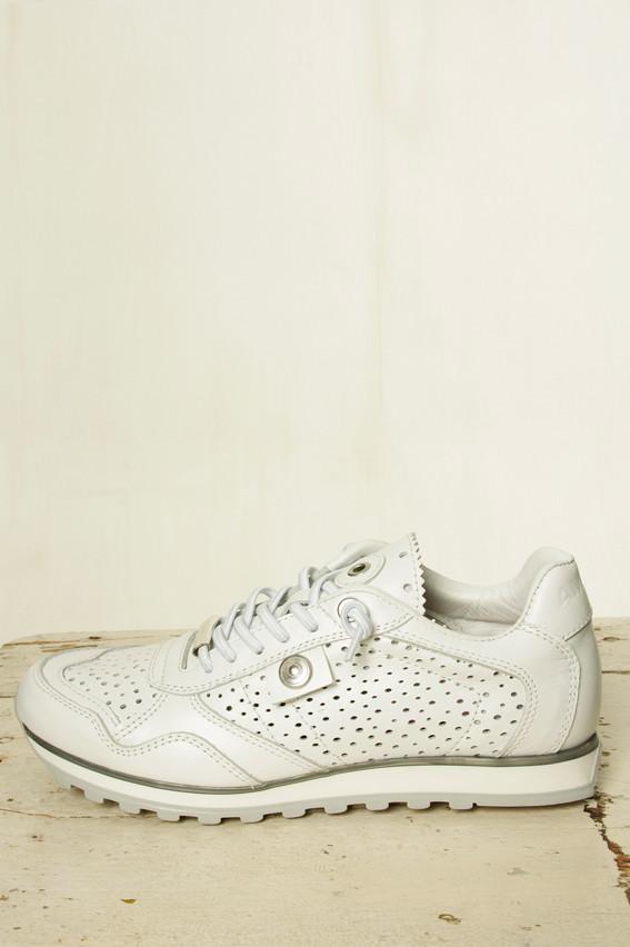 43ca951e1468 Amust sneakers