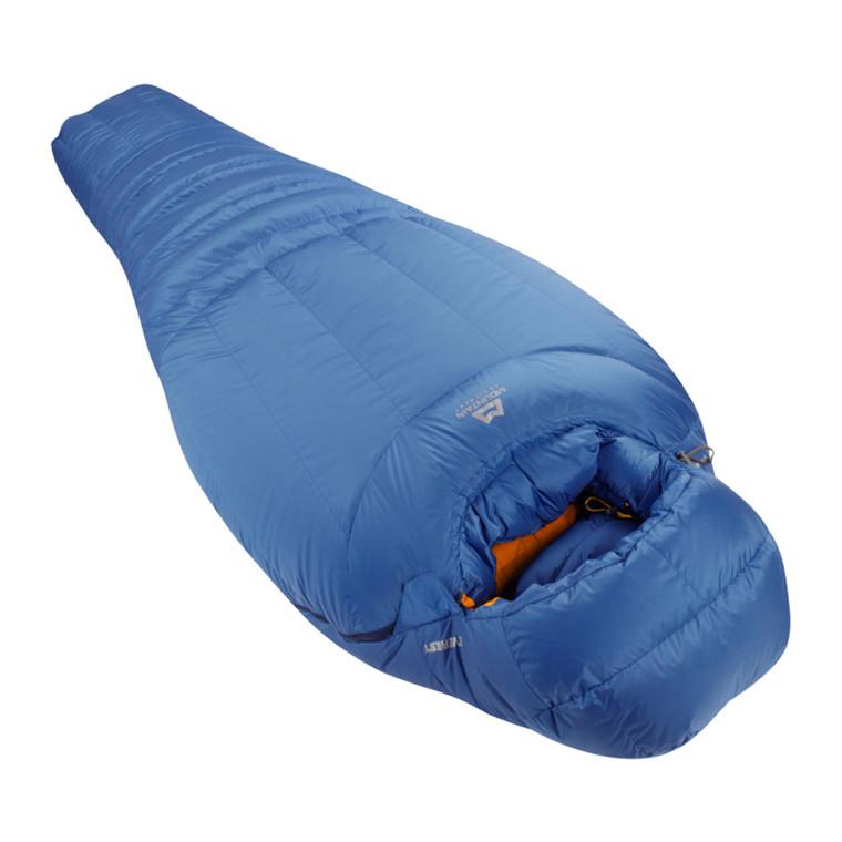 Mountain Equipment Everest sovepose