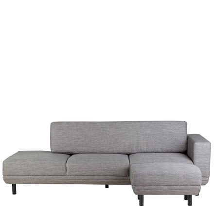 NEW YORK sofa m. puf og højrevendt armlæn - kan kun købes i Sinnerups butikker