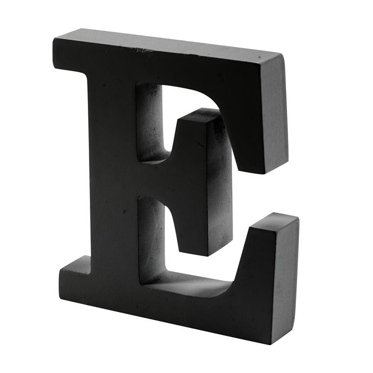 store bogstaver til pynt
