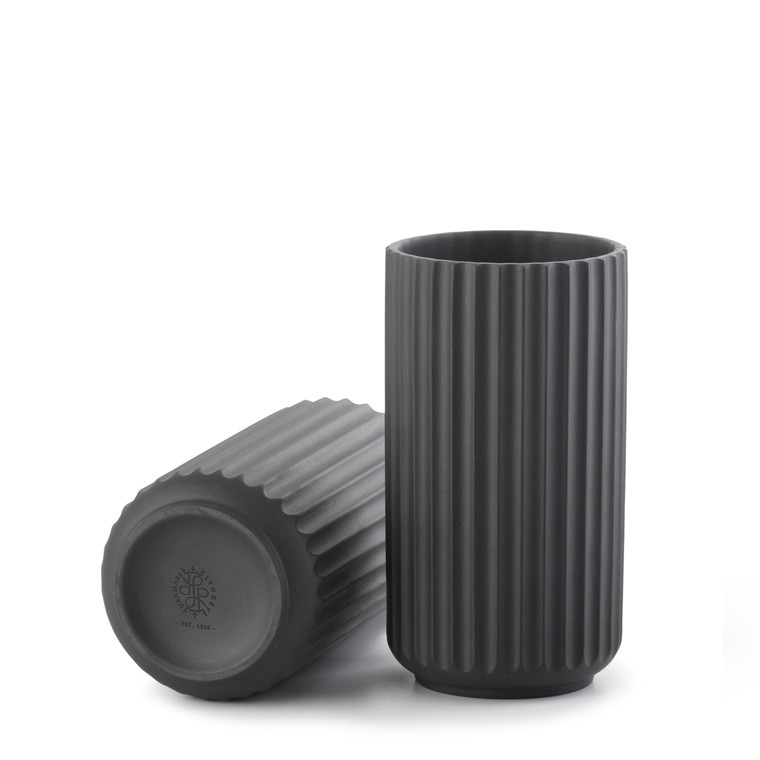 LYNGBY PORCELÆN Lyngby vase 15 cm sort