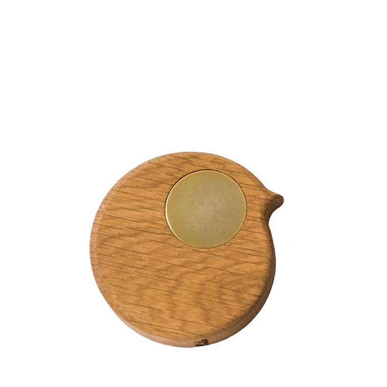 COLLECT FURNITURE BiRP magnet Natur olieret med gylden øje
