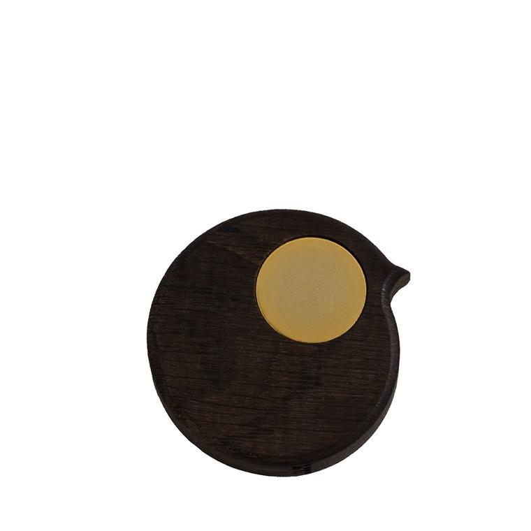 COLLECT FURNITURE BiRP onthwall Røget olieret med gyldent øje