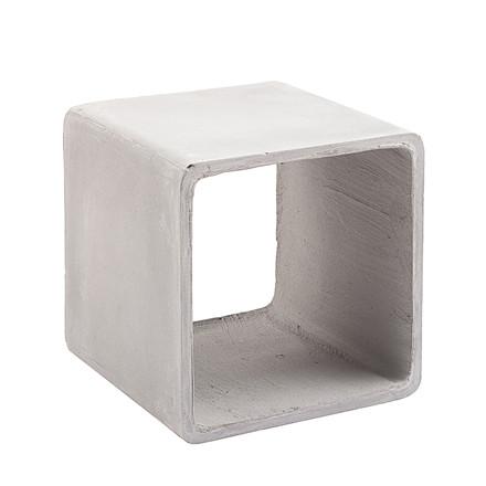 EARTH sidebord i beton - Kan købes i butikkerne