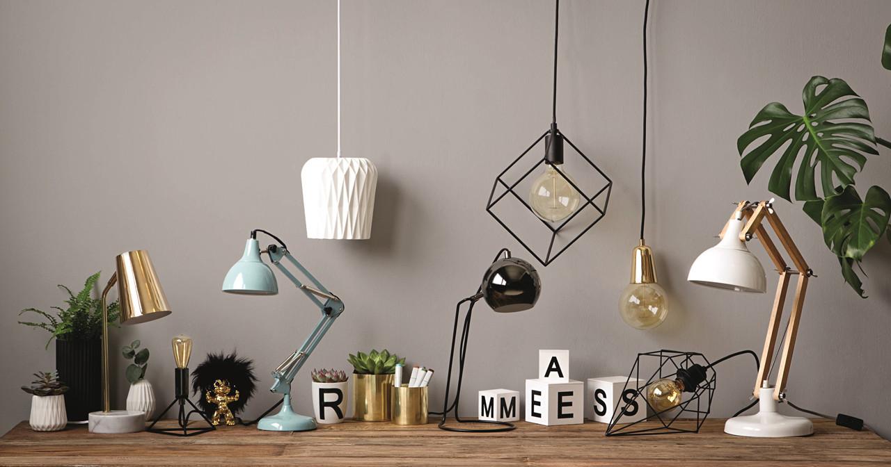 Lys i stuen - tips til den rette lys indretning