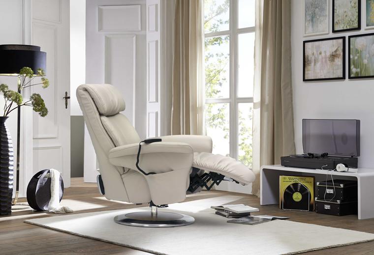 Himolla Easyswing Prestige lænestol med indbygget skammel eletronisk