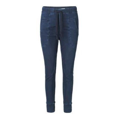 Please Jog Blue Jeans
