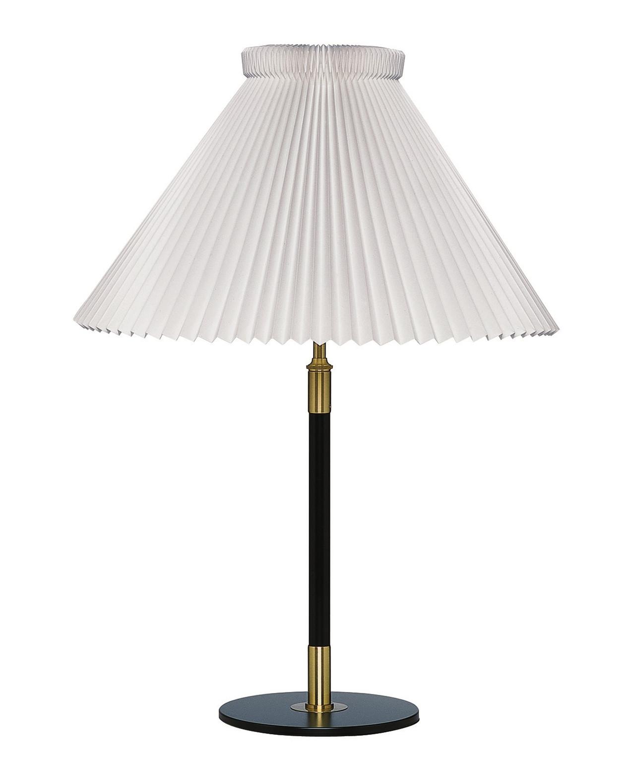 Le klint Le klint 352 bordlampe - le klint på lampemesteren.dk