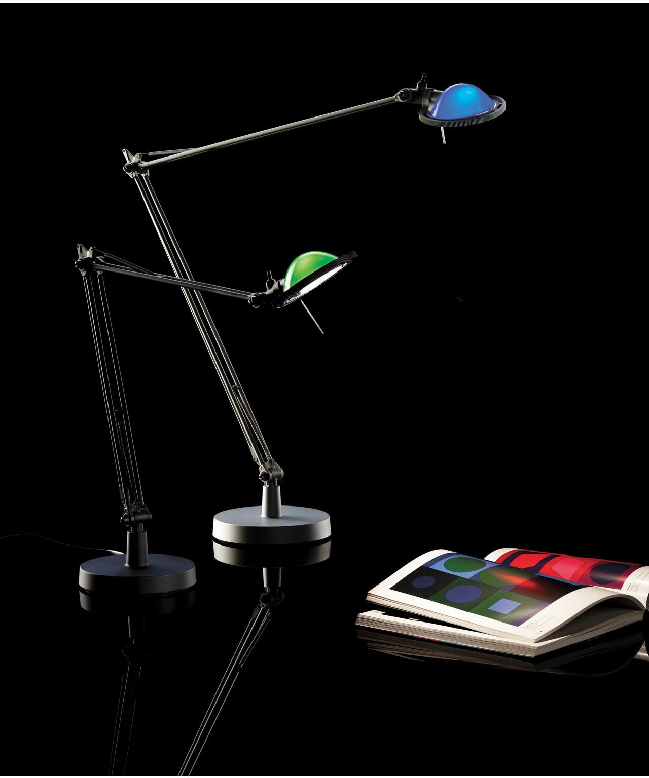 berenice bordlampe led luceplan. Black Bedroom Furniture Sets. Home Design Ideas