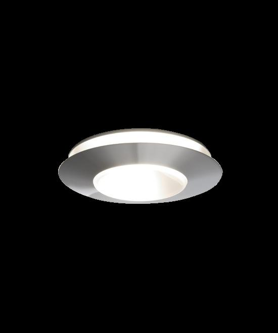 DesignErik Magnussen for PandulKoncept Erik Magnussen har designet den elegante Ring lampe. Ring 28 lampen kan monteres på både loft og væg så der er mulighed for at trylle med placeringen. Ring 28 fås også i en indendørs udgave der er tætnet til IP 20 standarden, hvor udendørs udgaverne er IP 44.OBS - Lamperne fra Pandul produceres og samles i Danmark, med afsendelse fra fabrikken én gang om ugen. Derfor vil der kunne opleves leveringstider op til 4-8 dage ved lagerudsving.