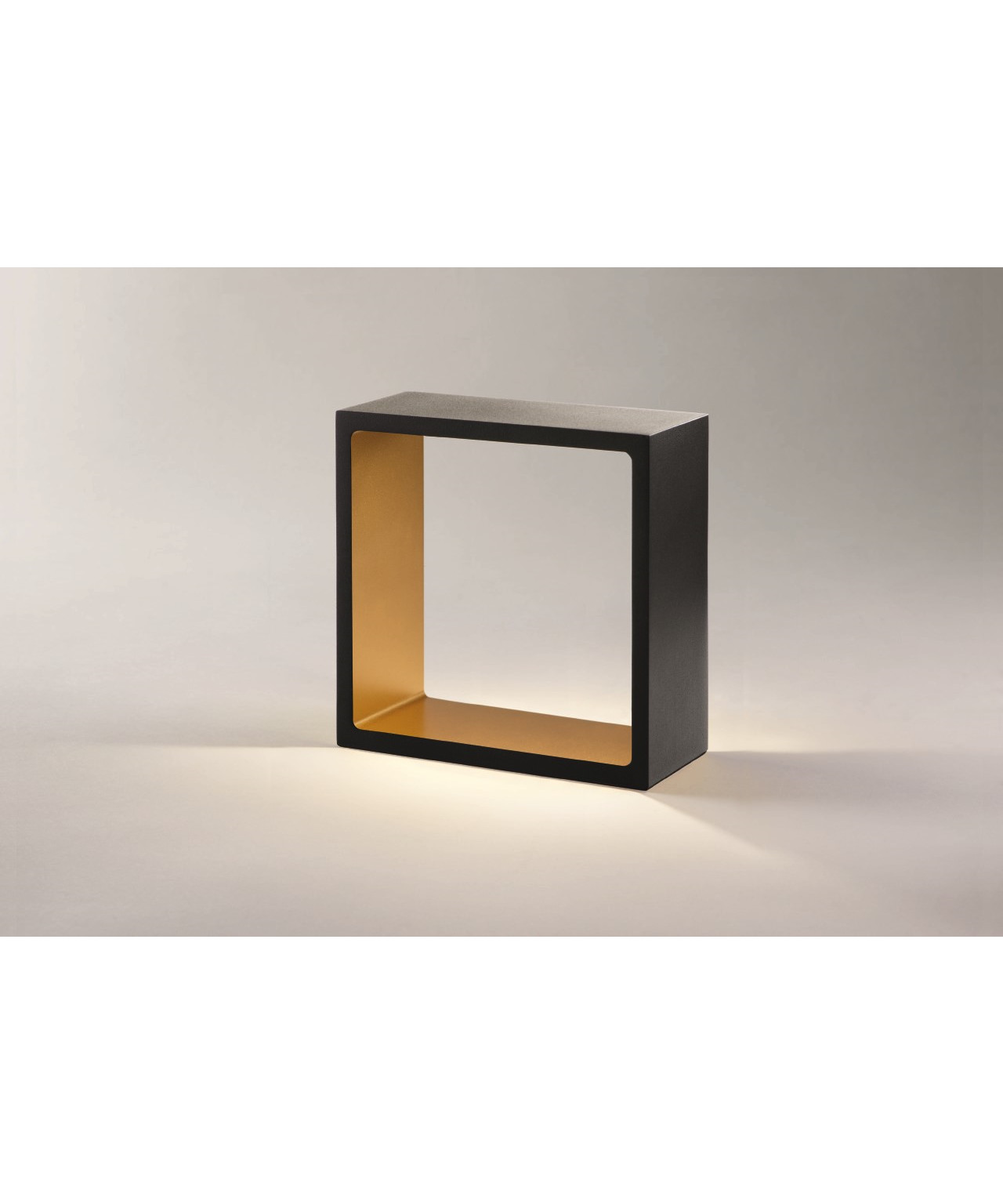 Light-point Fusion led bordlampe sort/guld - light-point fra lampemesteren.dk