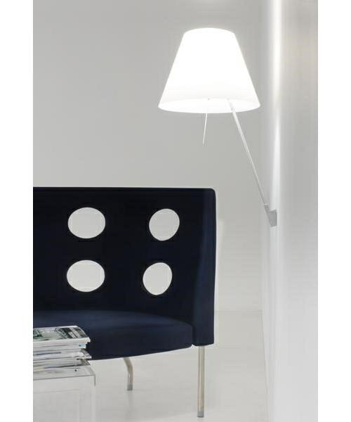 8200900083088 costanza væglampe soft-skin-luceplan_2.jpg
