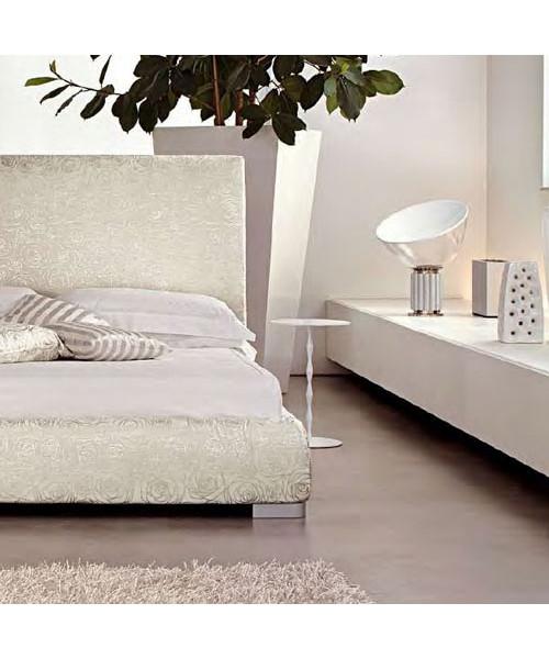 taccia small bordlampe silver flos. Black Bedroom Furniture Sets. Home Design Ideas