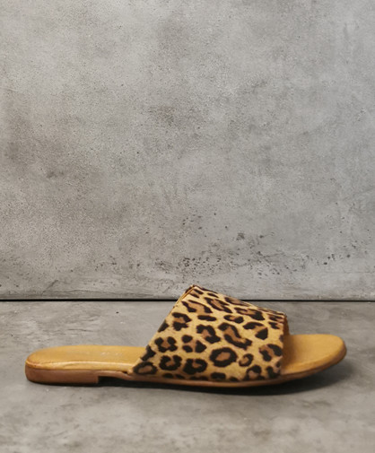 Shoe//design Dame Slipper