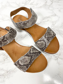 Shoe//design Dame Sandal