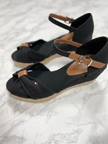 TOMMY HILFIGER Kilehæl sandal - Dame