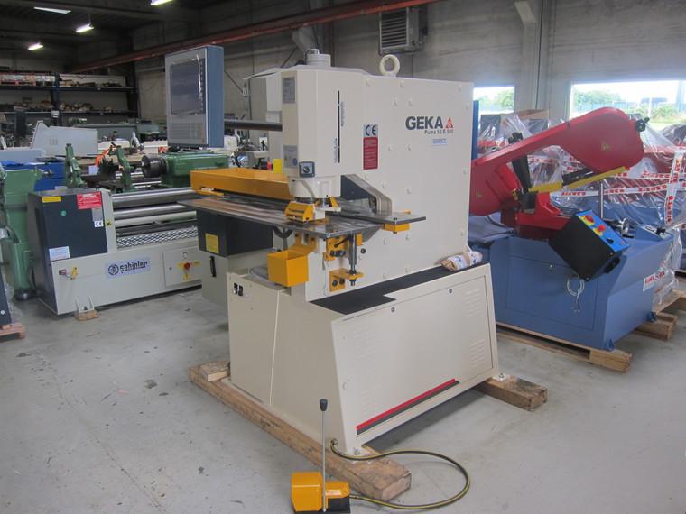 Ny Geka Puma 55S hydraulisk lokkemaskine med CNC Semi-Paxy lokkebord - 55 tons.
