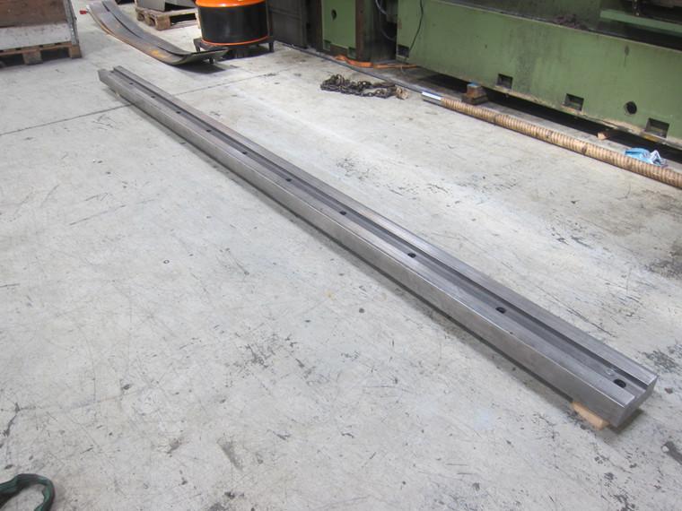 Brugt 60 mm. seng for kantpresseværktøj.
