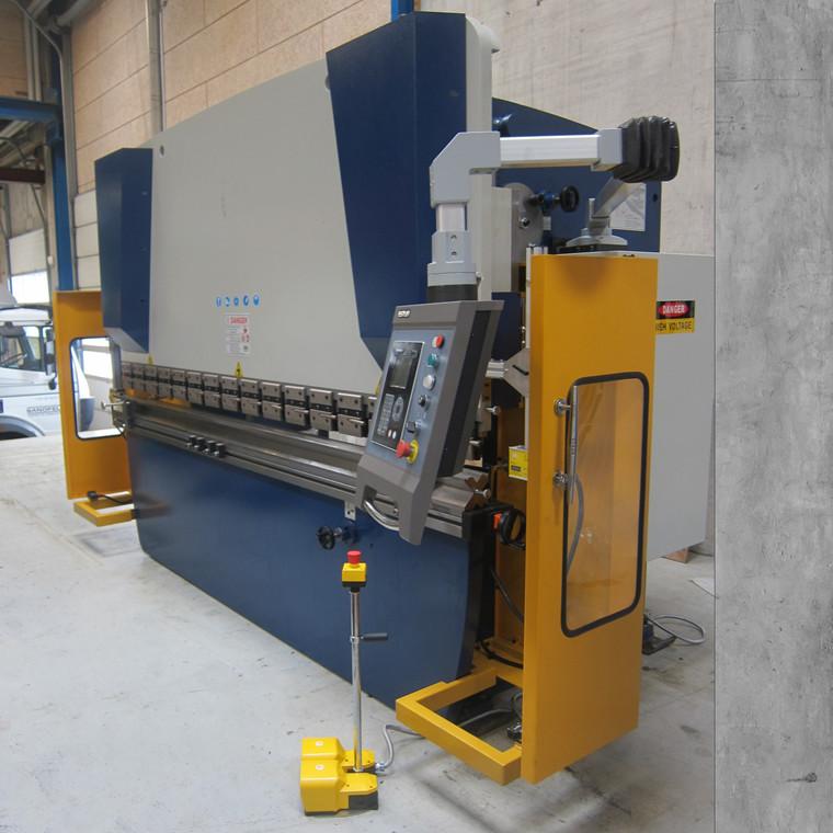 Demo Right Up WC67Y 160/3200 hydraulic NC press brake - 3200 x 160 t.