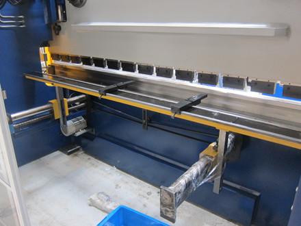 Demo Right Up WC67Y 160/3200 hydraulisk NC kantpresse - 3200 x 160 tons.