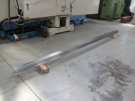 Ny Right Up multisporsmatrice - 70 x 70 x 3000 mm.