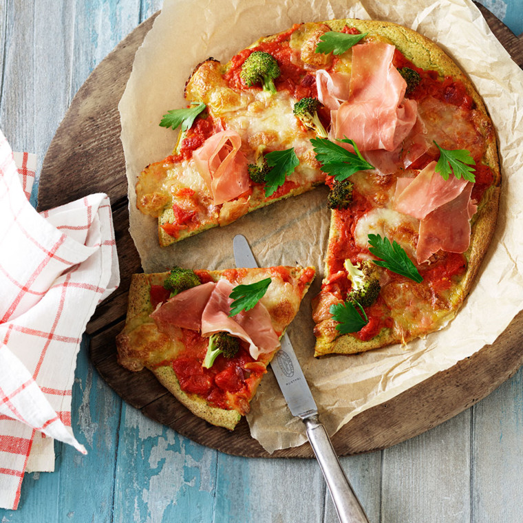 Pizza med broccolibund (glutenfri)