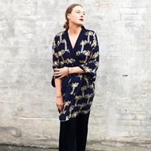 Becksöndergaard Liberte Palla Sequin Kimono i Navy