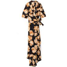 Ganni Geroux Silk Slå-om kjole i sort