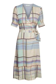 Gestuz Ambina kjole i mønstret