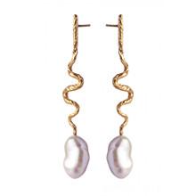 Maanesten Gia ørering  med perle i guld