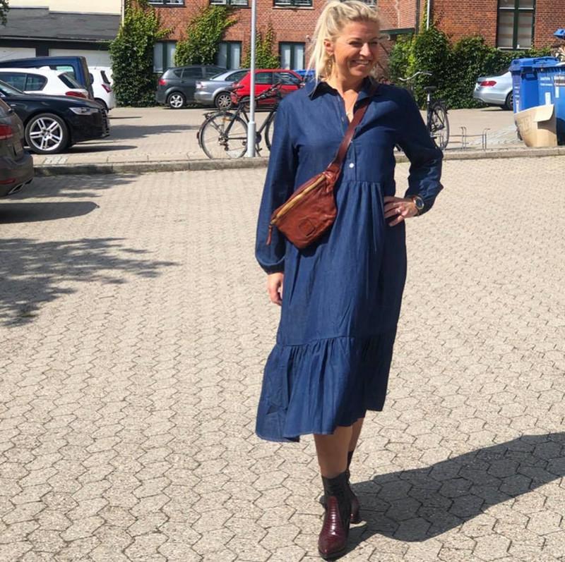 Fri fragt over 499, ♥ Adele kjole i blå ♥ Black Colour