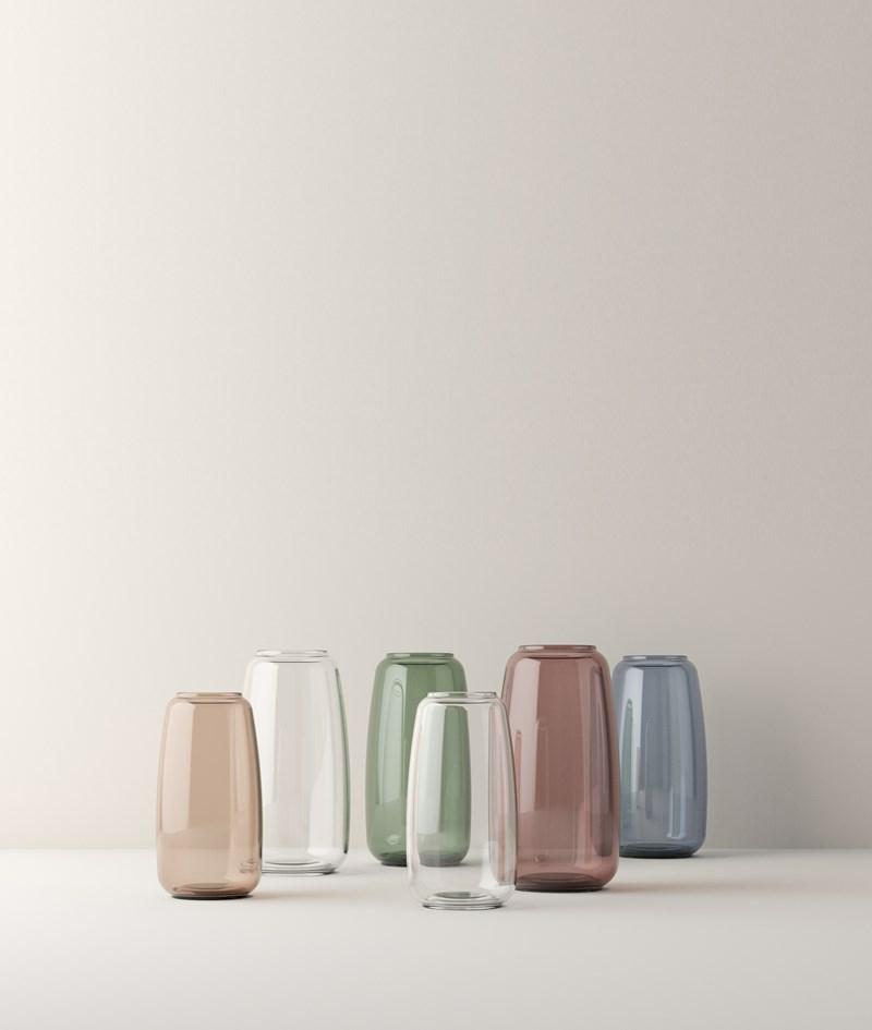 karakter lyngby vase i klar burgundyfarvet glas. Black Bedroom Furniture Sets. Home Design Ideas
