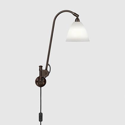 Bestlite BL6 Væglampe Black Brass/Porcelæn - Gubi