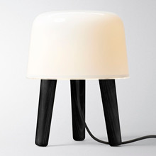 Milk NA1 Sort Bordlampe fra &Tradition