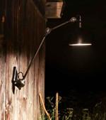 Lampe Gras 222 XL In and Out Udendørs Væglampe - Sort fra DCW Éditions