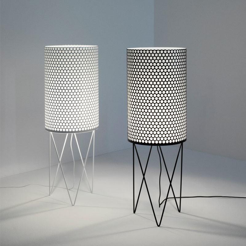 pd2 gulvlampe hvid gubi k b online designlite. Black Bedroom Furniture Sets. Home Design Ideas