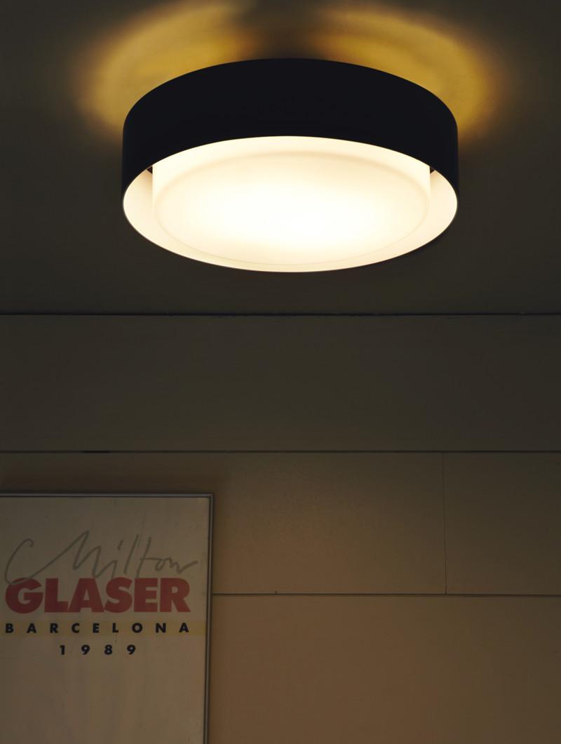 Plaff on plafond lampe k b marset lamper ved designlite - Lampe plafond design ...