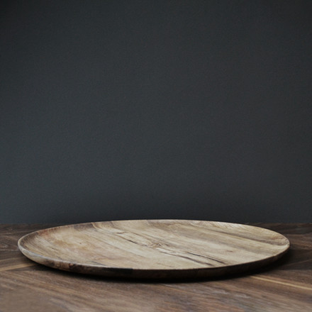 Pieces Collection fra VIPP - Round wooden tray