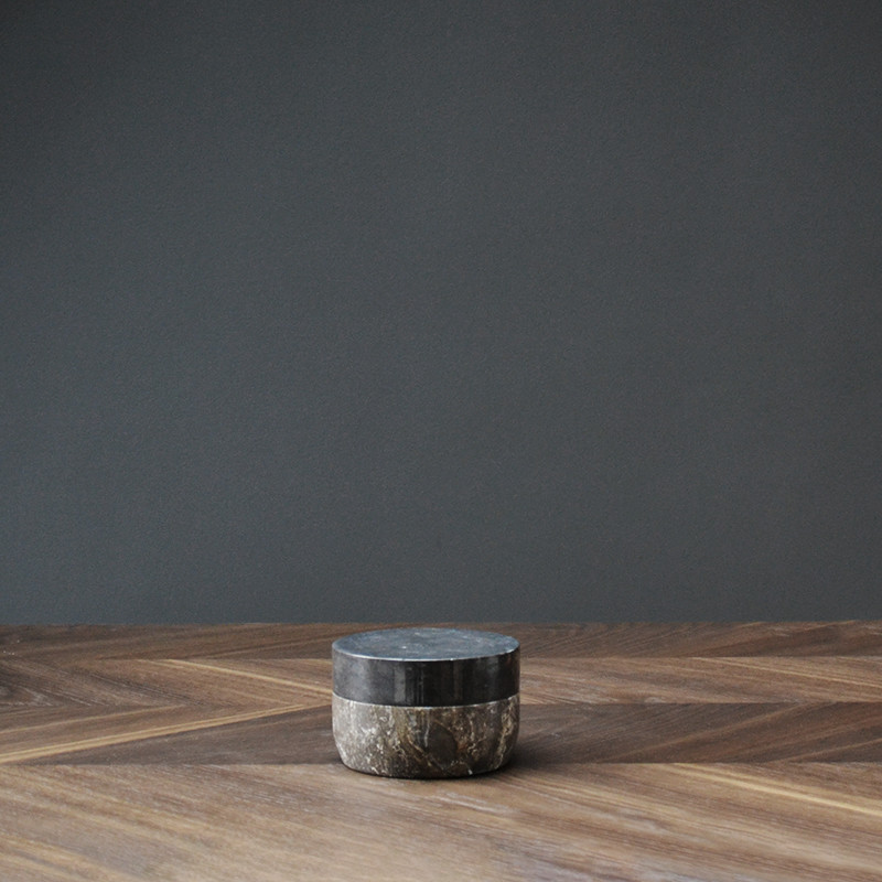 Pieces Collection fra Vipp - Marble Jar