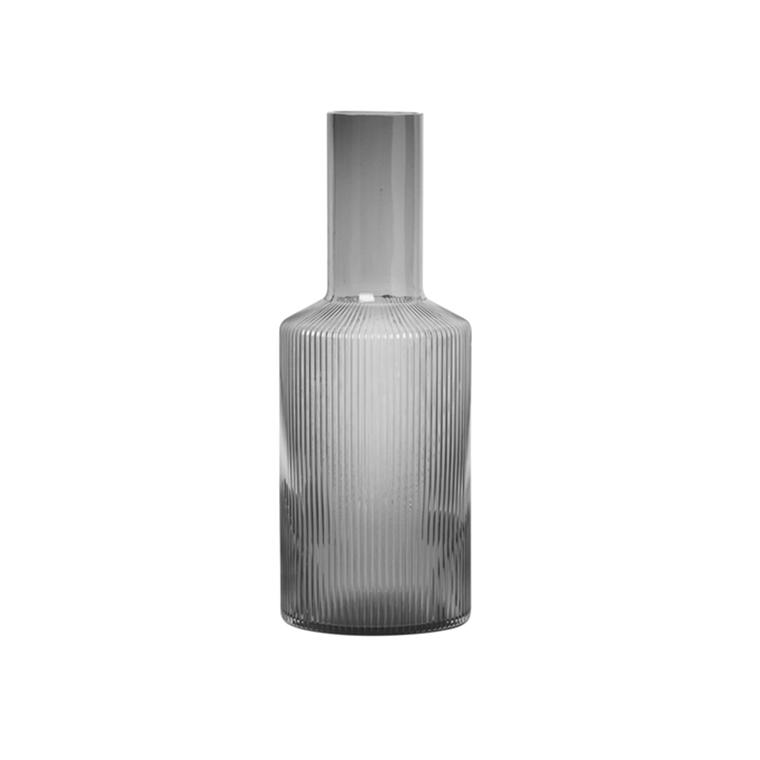 Ferm Living Ripple Karaff 0,9 L, smoked grey