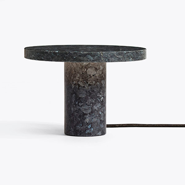 New Works Core bordlampe, Granit