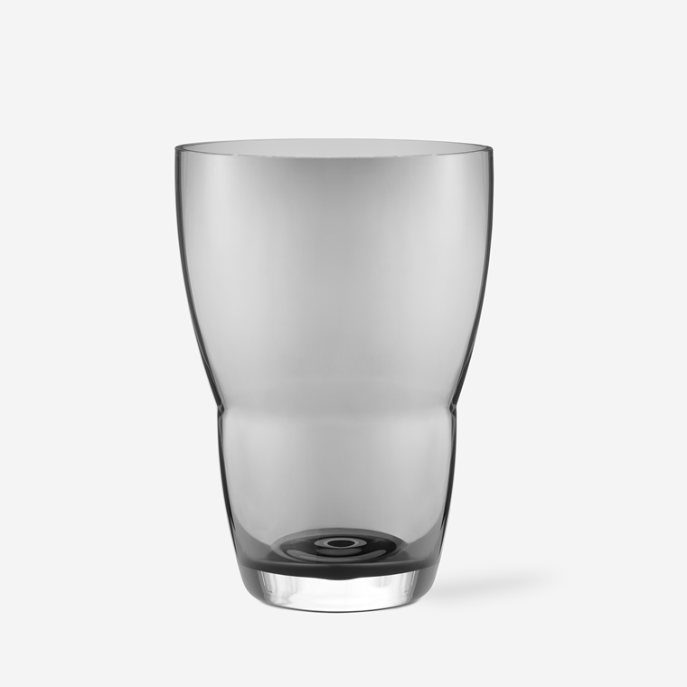 Vipp 248 vase i røget glas