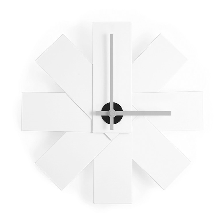 Normann Copenhagen Watch Me Wall Clock vægur