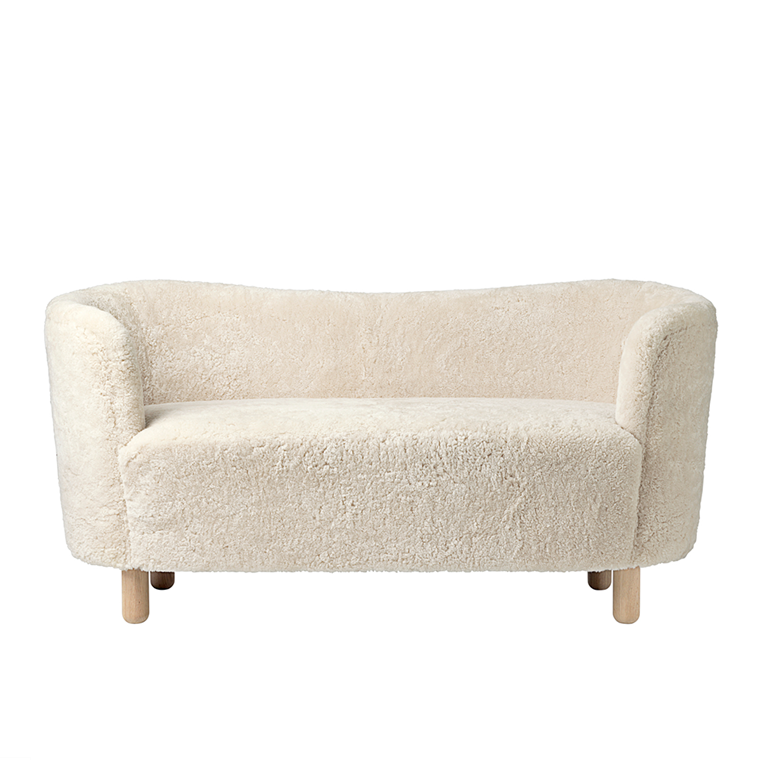 by Lassen Mingle sofa, lammeskind