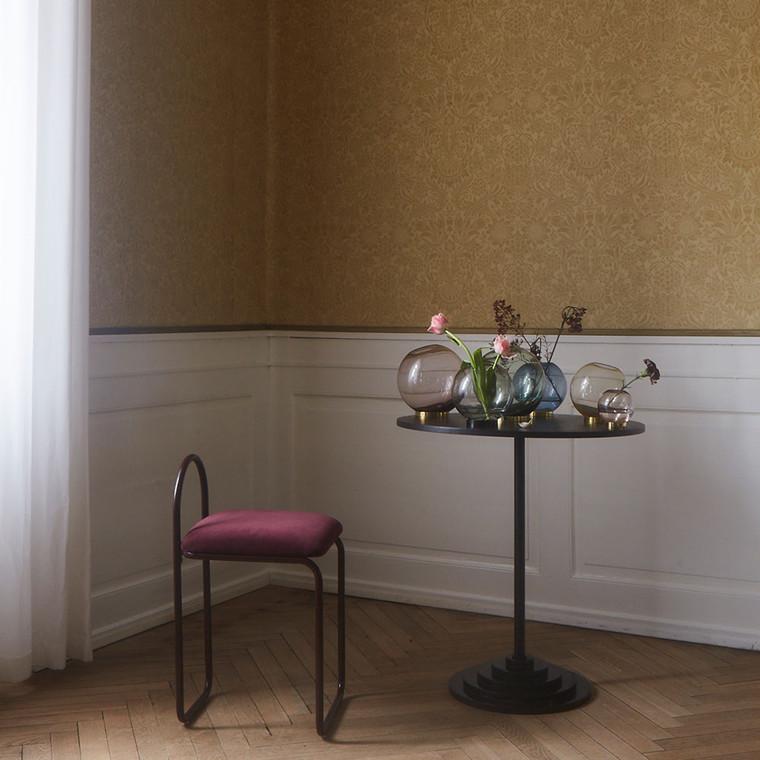 AYTM Globe vase m. sort stand, medium
