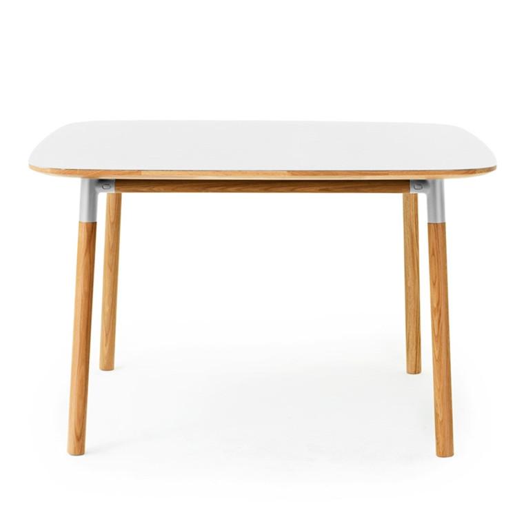 Normann Copenhagen Form Kvadratisk Spisebord