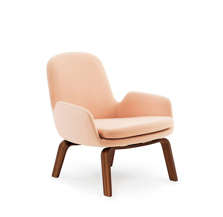 Normann Copenhagen Era Lounge Chair Low, Valnød